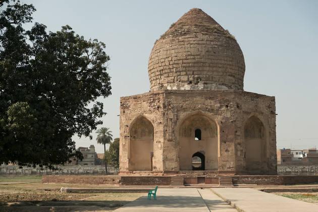 Asif-Jah-Tomb