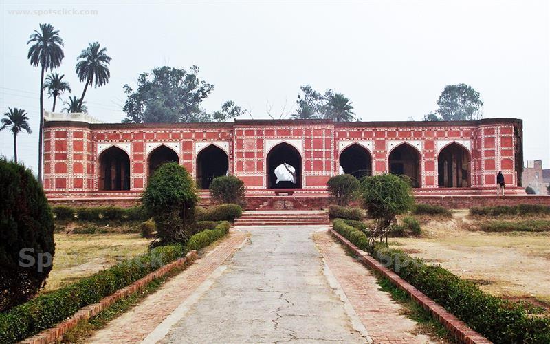 Noor-Jahan-Tomb