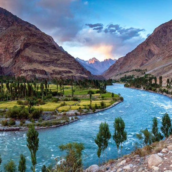 ghizer-river-gilgit