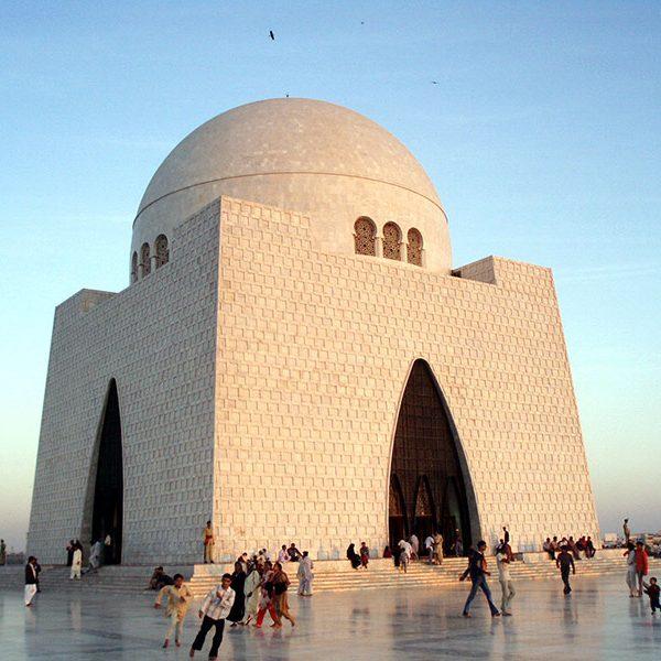 mizar-e-quaid karachi